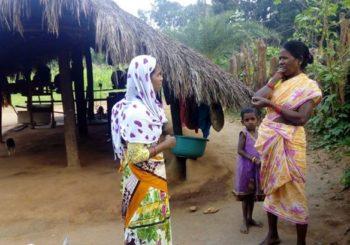 AMMACHI Labs' community organizer Mamatha Poyam visited houses in the interior parts of Malgaon village
